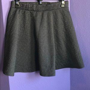 Gray textured skirt